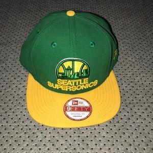Men's Seattle SuperSonics SnapBack